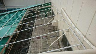 工場のテント修理
